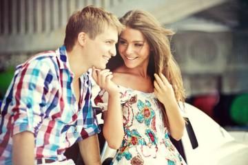 Cum să faci un bărbat să te placă de la prima vedere?